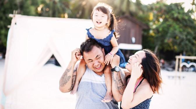 热浪岛 Redang 之 家庭照。